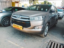 2017 toyota innova crysta 2.8 gx at 8-seater