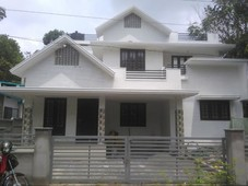 4bhk 3t 1,500 sq ft study room independenthouse in irinjalakuda, thrissur